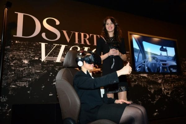 Comment DS utiliste la réalité virtuelle dans le shoroom de ses concessions DS Store pour offrir une expérience utilisateur unique