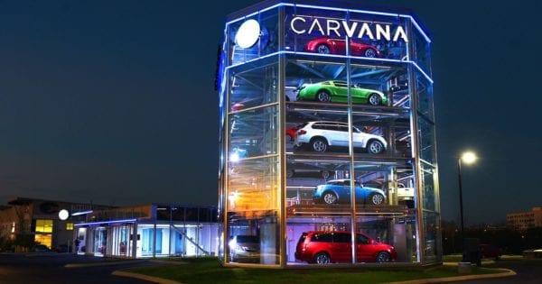 La machine à vendre Carvana met l'industrie automobile sur une nouvelle voie avec une plateforme ecommerce et des outils de vente automatisés