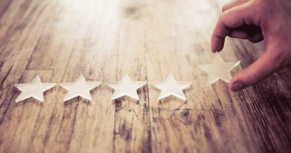 Le coté familier d'une marque renforce la confiance avec votre public. Ils connaissent bien votre marque et sont confiants dans l'achat de vos produits.
